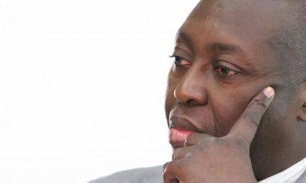 """Mamadou Lamine Diallo de Tekki: """"Plus de 3.500.000 Sénégalais n'ont pas reçu leur carte"""""""