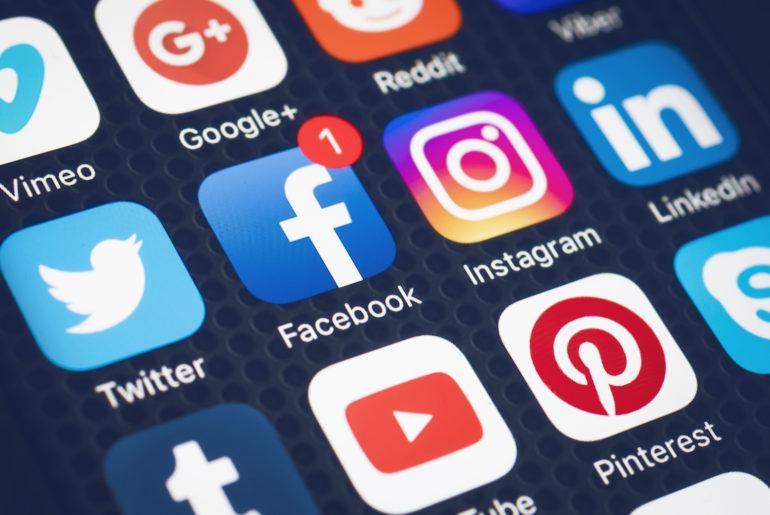 Ismaila Madior Fall veut le contrôle des réseaux sociaux